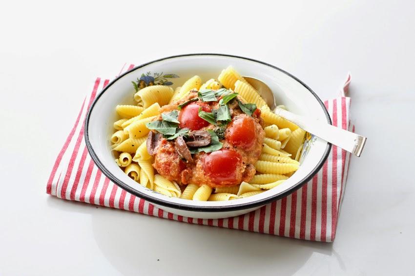 רוטב עגבניות וקרם קשיו
