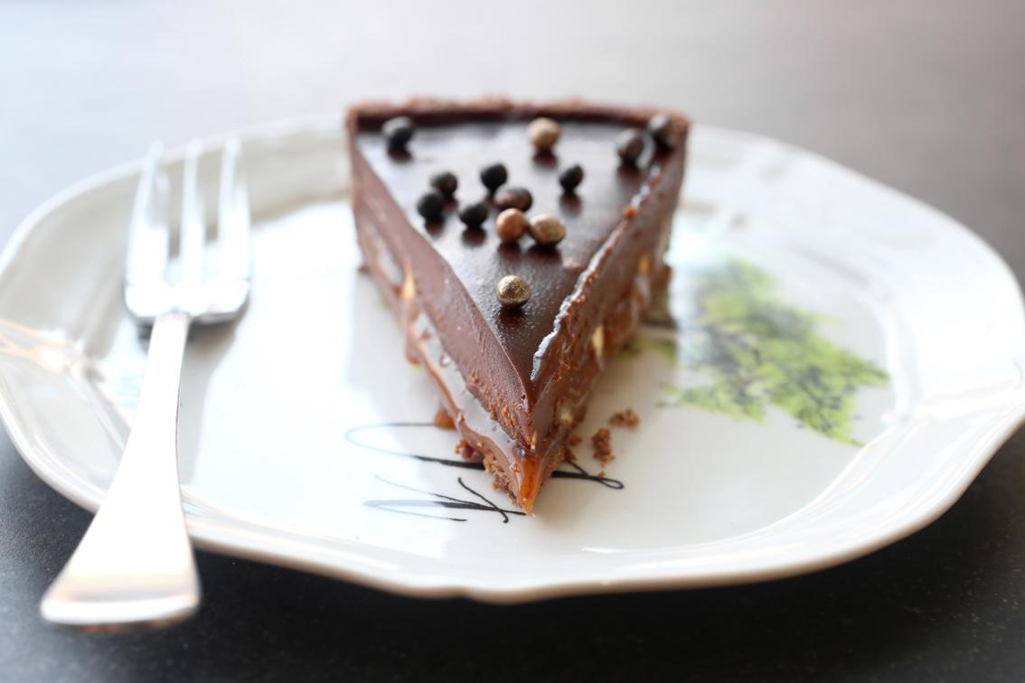 טארט שוקולד וקרמל מלוח