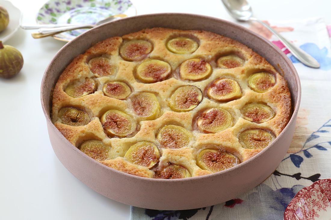 עוגת תאנים ושקדים